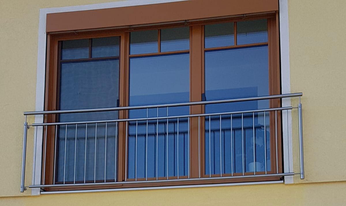 Französische Balkone online kaufen bei Stroff Metalltechnik