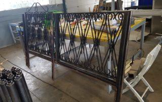Zaunerneuerung - Dunkler, abgebauter alter Zaun wird erneuert!