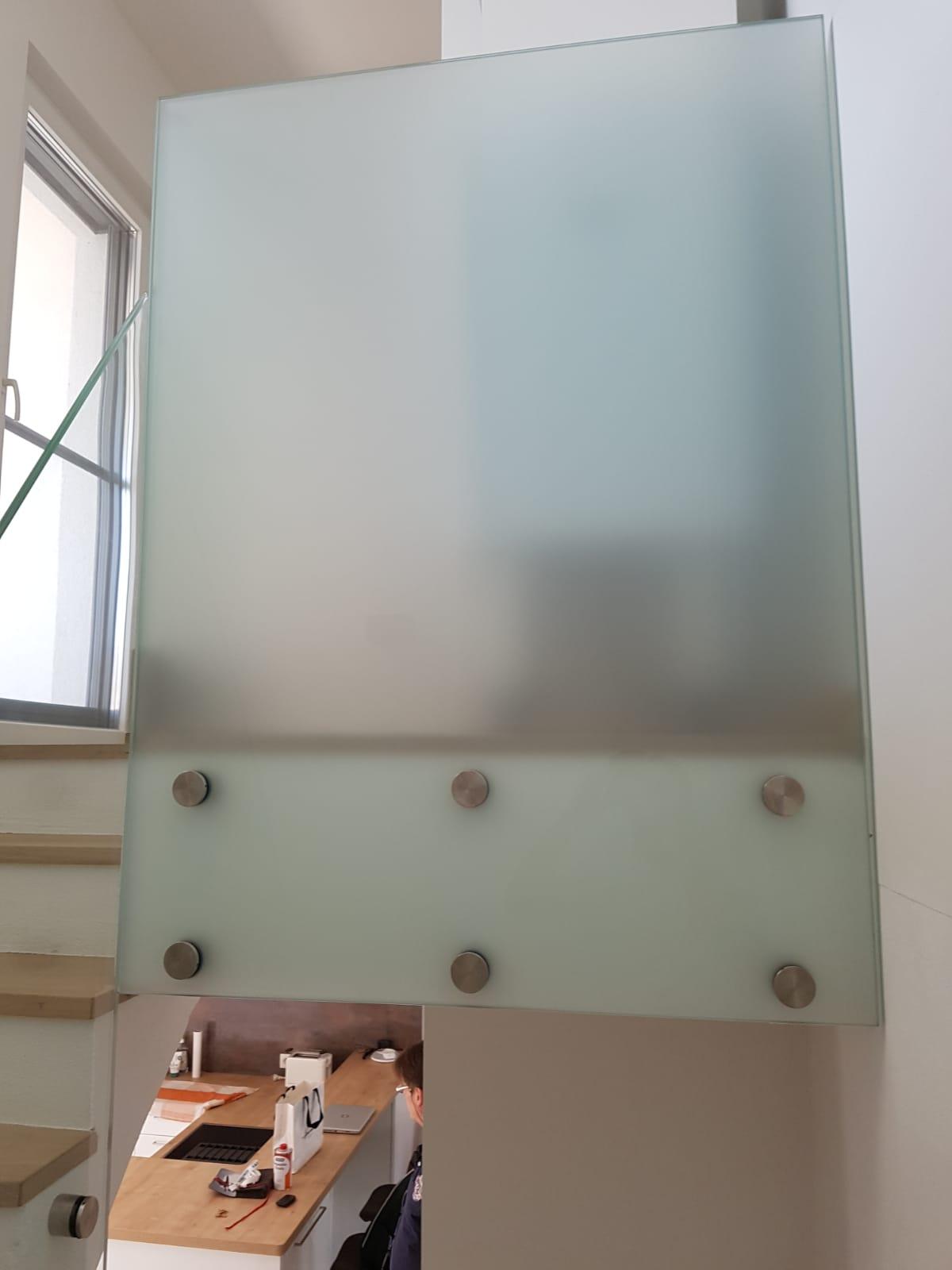 Ganzglasgeländer - Vorteile von Ganzglasgeländer von Stroff Metalltechnik